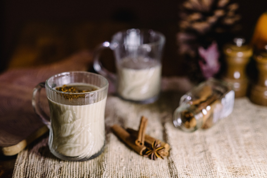 When the weather turns cold, it is lovely to wrap your chilled hands around a warm cup of something. It's even nicer when you can share a steaming mug with a friend.  #winter #cold #stayin #recipe #drink #eggnog