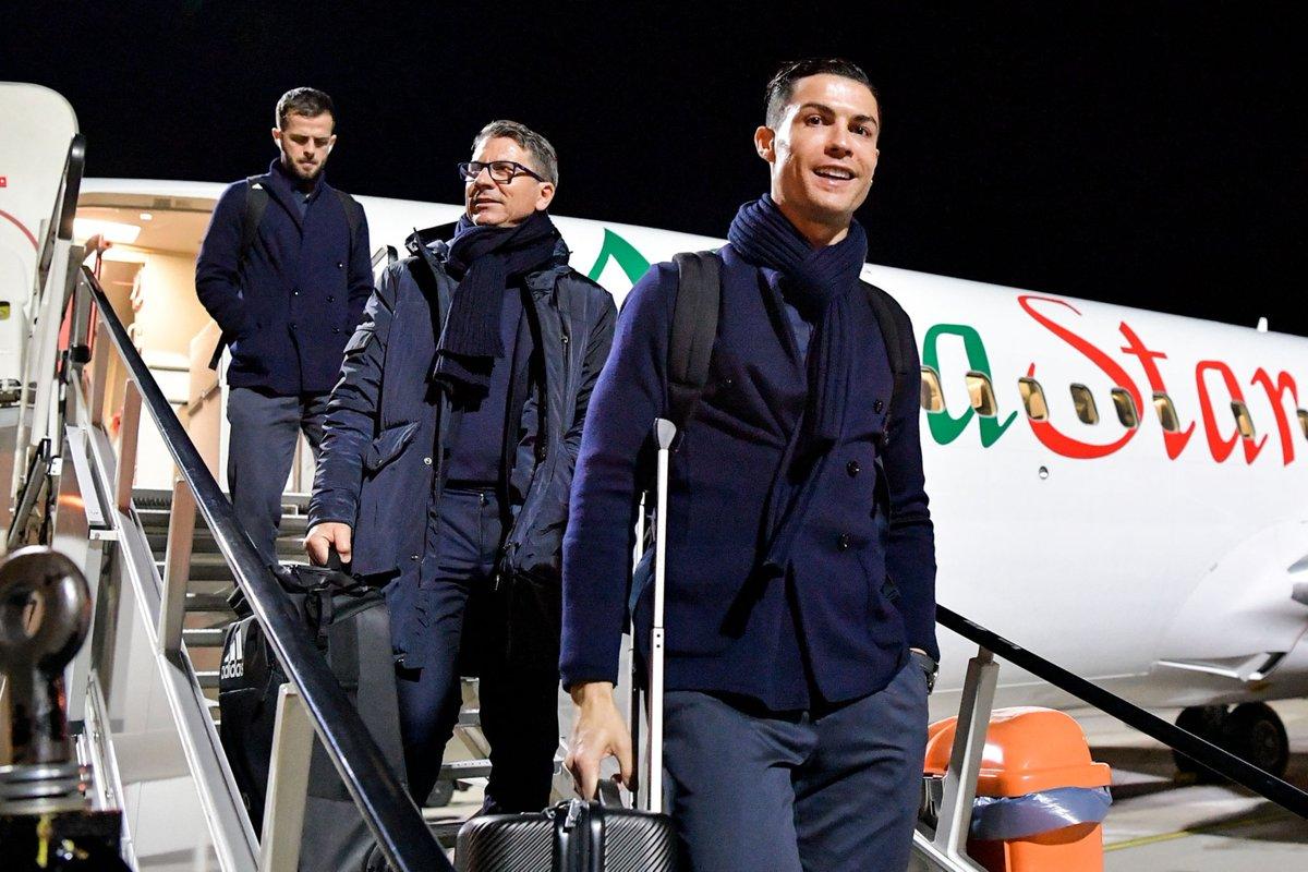 Cristiano arriving in Germany, Leverkusen! 🛫🇩🇪