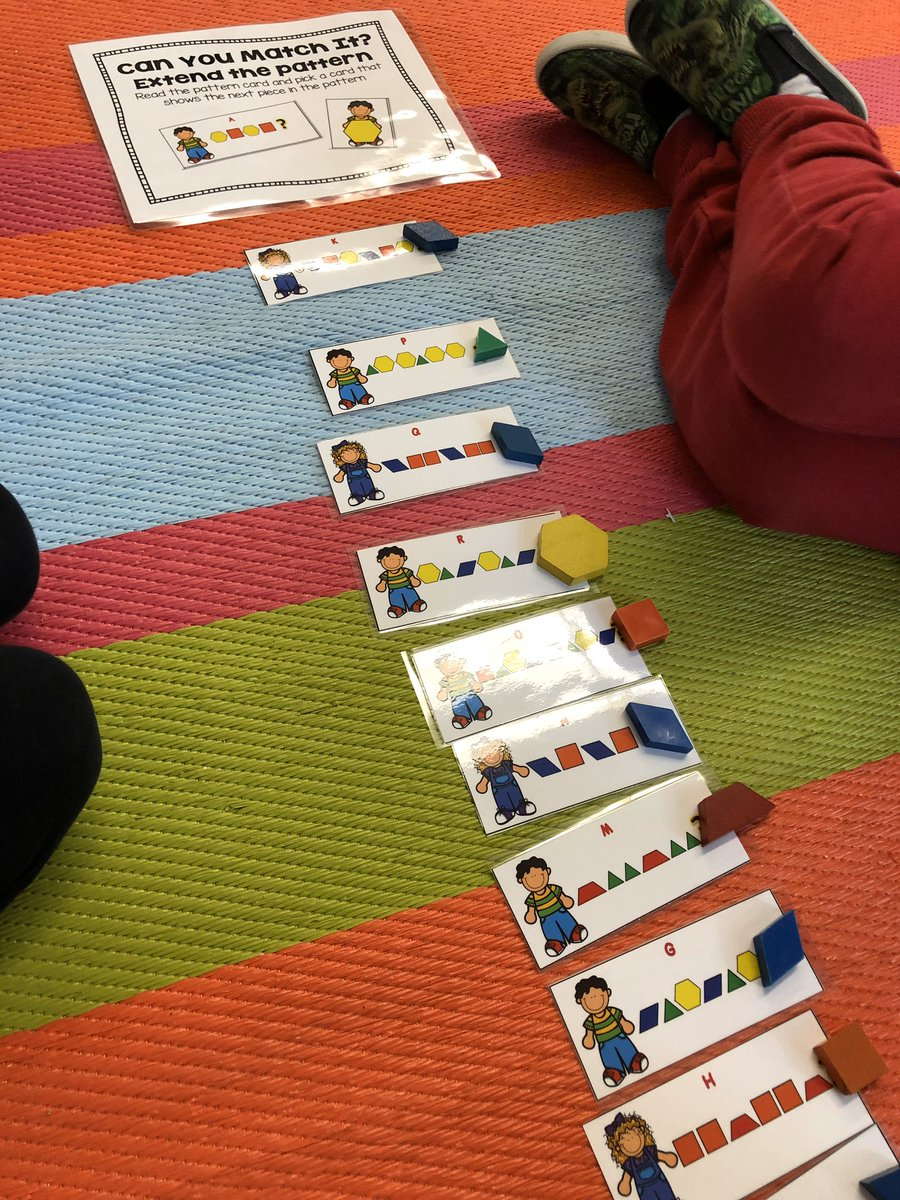 Practicing our patterning skills with a group in math centres <a target='_blank' href='https://t.co/WtGeN2GUnO'>https://t.co/WtGeN2GUnO</a>
