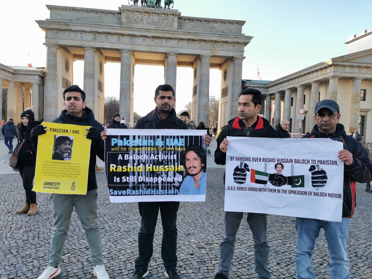 Members of #BNM and other activists have participated in the protest of #BHRO & #BHRC in Germany on the occasion of #HumanRightsDay #HumanRights #StandUp4HumanRights #StandUp4BalochRightspic.twitter.com/qc7xSs0deW