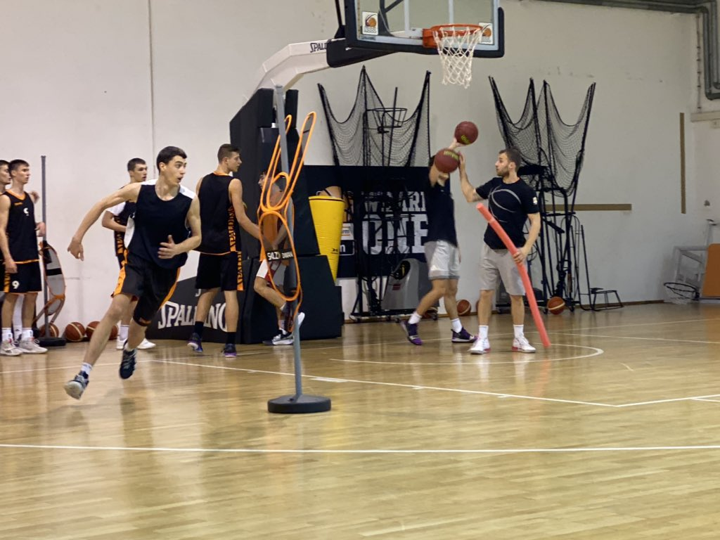 In Ulm, Germany for the next couple days to see French PG & potential lotto pick Killian Hayes as Ulm takes on Monaco (EuroCup) tomorrow. Watching Ulm's u16 & Pro B teams practice tonight. Some talented young prospects, led by 16-year-old, 6-9 Montenegrin forward Andrija Grbovic.