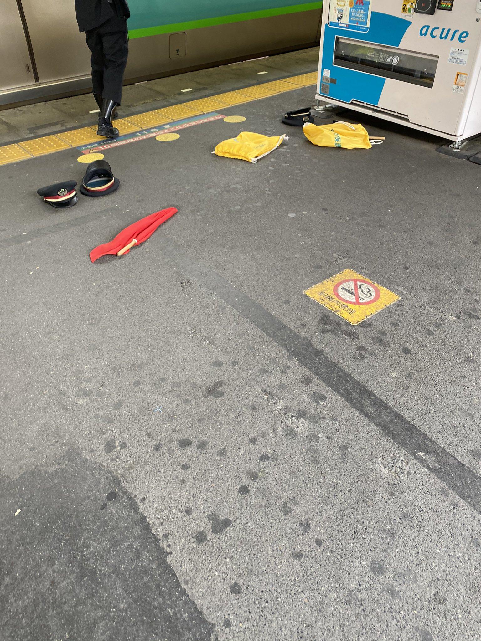 常磐線快速の松戸駅の人身事故現場の画像