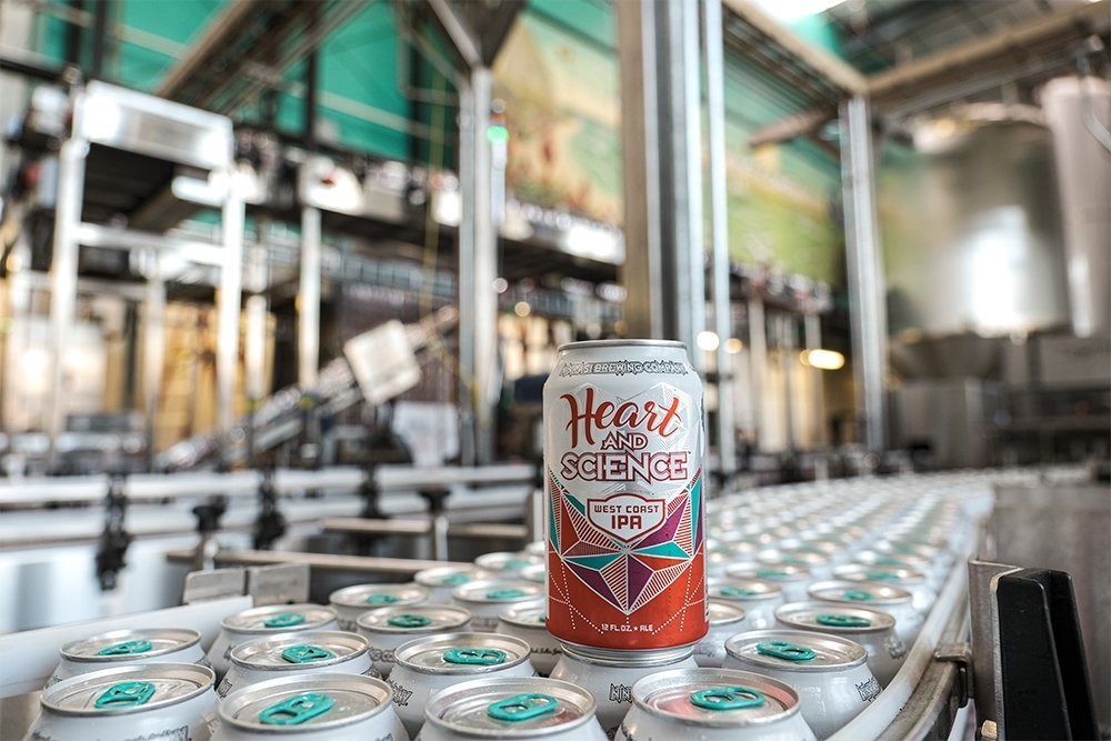 Review: Ninkasi Heart and Science West Coast IPA https://t.co/1wi9Jm1LwK https://t.co/KoHc5i6JTe