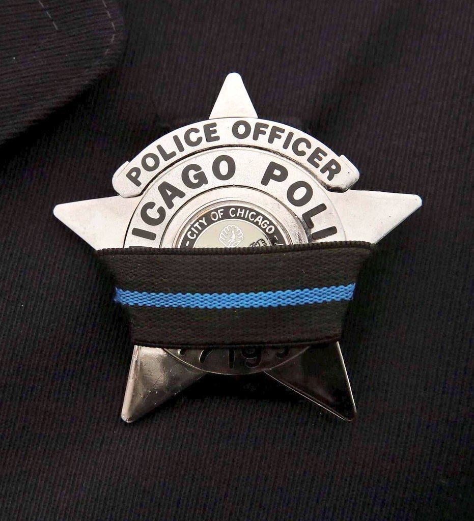 Our thoughts and deepest condolences are with @JCPoliceDept, along with the families and friends of Detective Joseph Seals whose life was taken today in an apparent ambush incident. We are also praying for a speedy recovery for all officers who sustained injuries in the incident