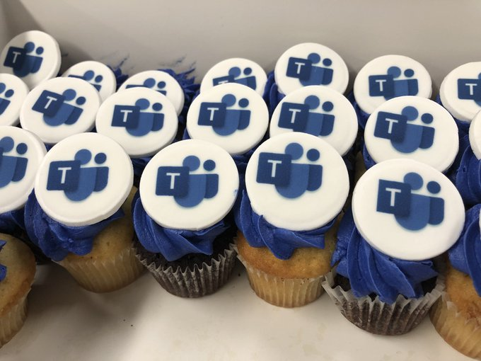 Microsoft Teams cupcakes