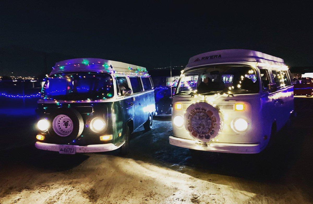 RT @LuLuSmiles1 : The buses are lit!! ~LuLu  #vw  #lulusmiles1974  #volkswagen  #vwbus  #campervan  #camper  #notallwhowanderarelost  #vwkombi  #vwt2  #aircooled  #kombi  #travel  #ontheroad   #vanlife  #traveltogether  #justdrive  #roadtrip  #vanagon  #vwvan  #happiness  #a…