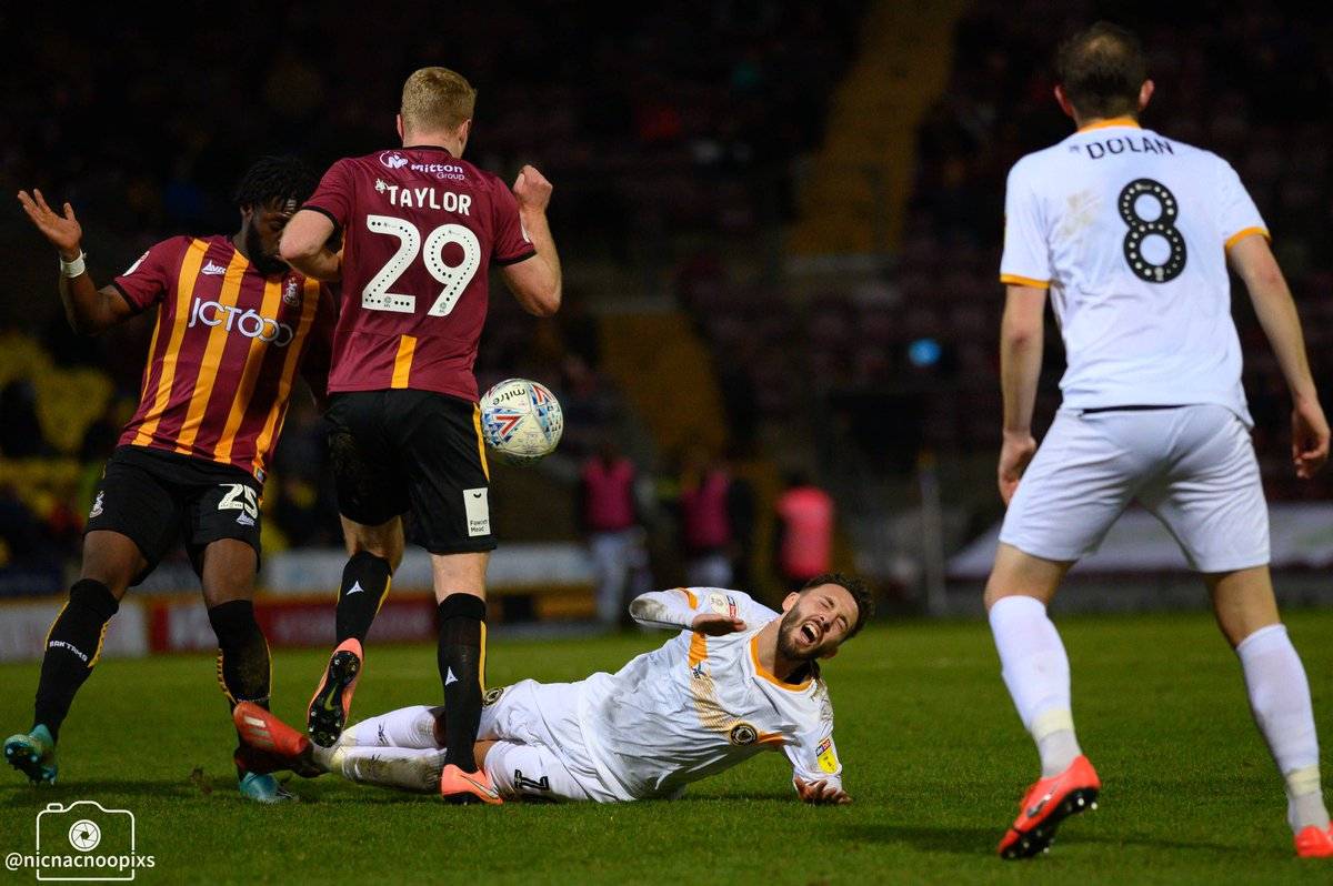 @JoshSheehan_  gets taken down during @NewportCounty  visit to Bradford, seemed to be the order of the day as the hosts had to work hard to contain him   #UTC  #ourjourneycontinues  #EFL  #league2  #nikonphotography  #nikonz6  #football