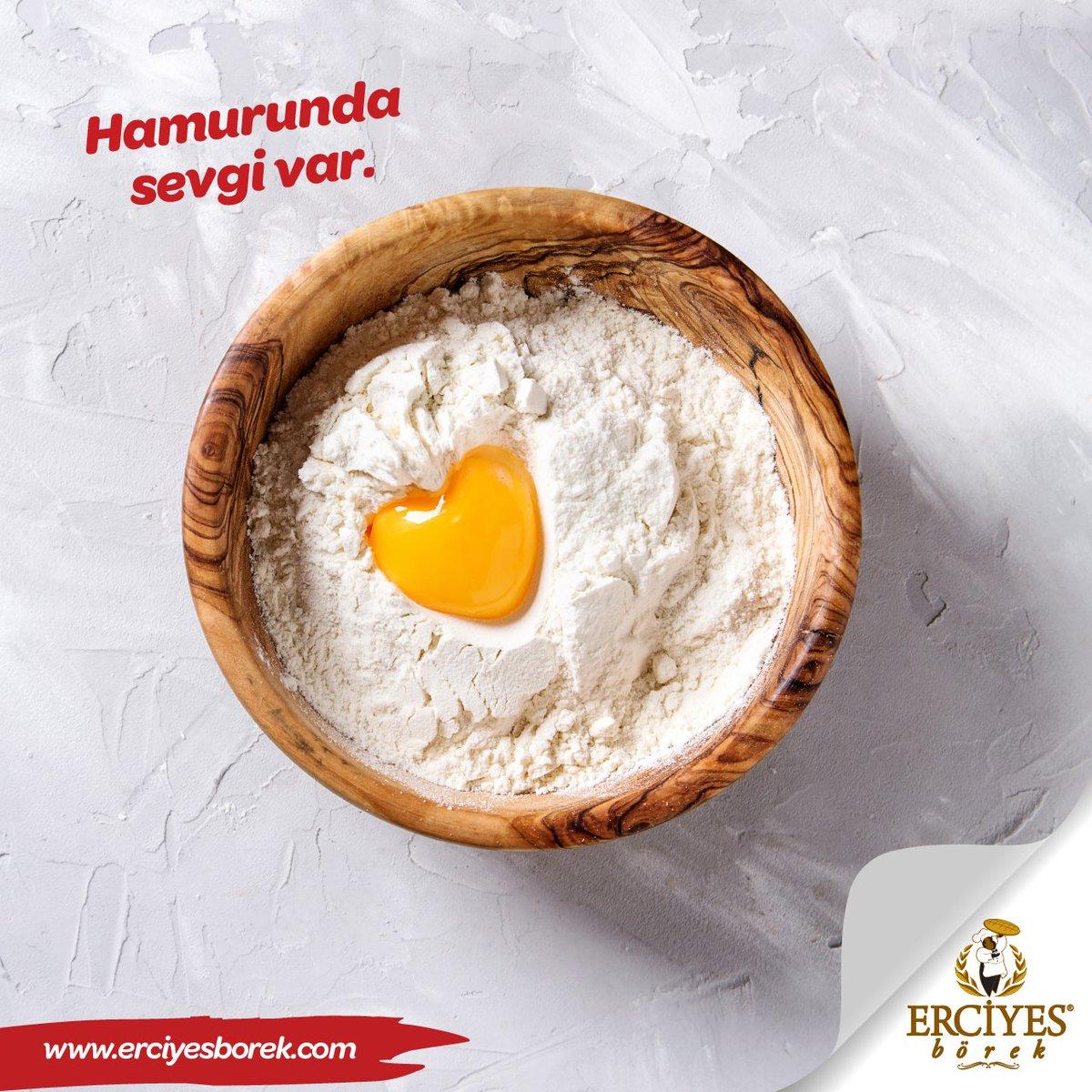 Sevgi ile yoğurulan hamurdan yapılan enfes lezzetler..  #erciyesborek #baklava #borek https://t.co/tQmEMNxuFR