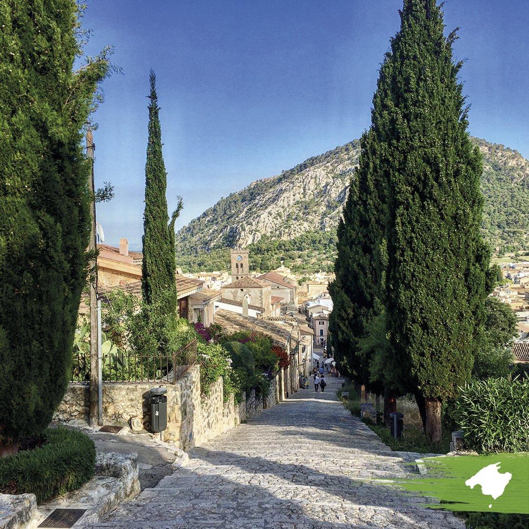 Mallorca está repleto de pueblos encantadores, esperando por ser descubiertos. ¿Cuál pueblo  te parece el más bonito de la isla?   #MallorcaRunaway #LivingMallorca #MallorcaLove pic.twitter.com/3KBYmAoeAP