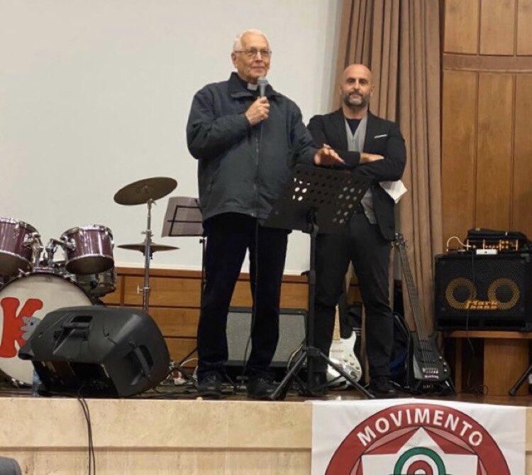 Grazie  di per aver partecipato al nostro #concertodiatale2019 Continua la nostra raccolta in favore di Padre Vittorio Trani, contribuisci con erogazione liberale al Mov. Così: Bonifico bancario  IBAN IT 04 G 07601 03200 000097371017 con bollettino: 000097371017 #SeVuoiPuoi pic.twitter.com/WuHpcM2NPl