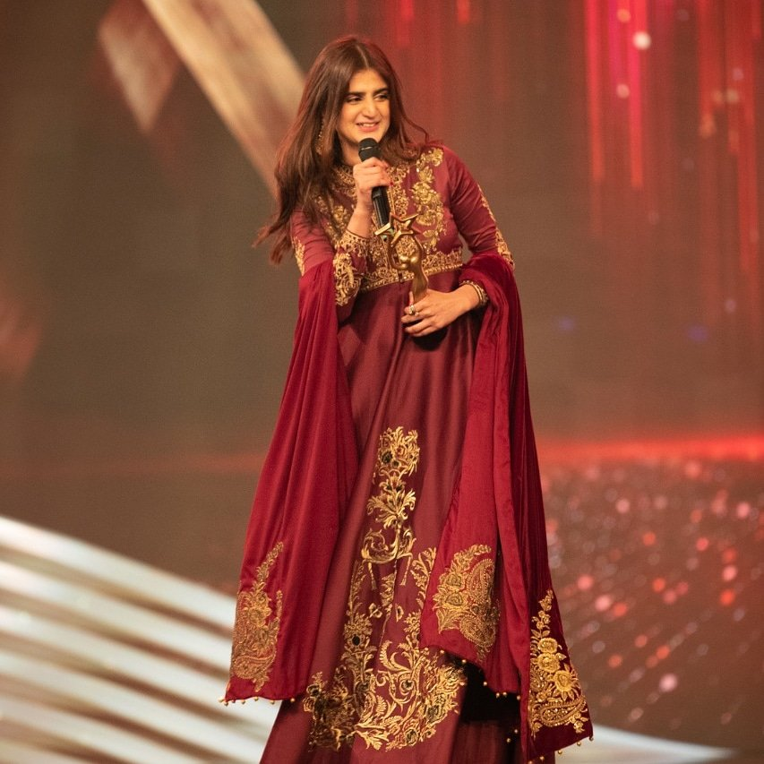 Viewers' Choice Award for Best Supporting Actor TV was given to #HiraMani #Lollywoodfilmindustry pic.twitter.com/upM2ajOMHj