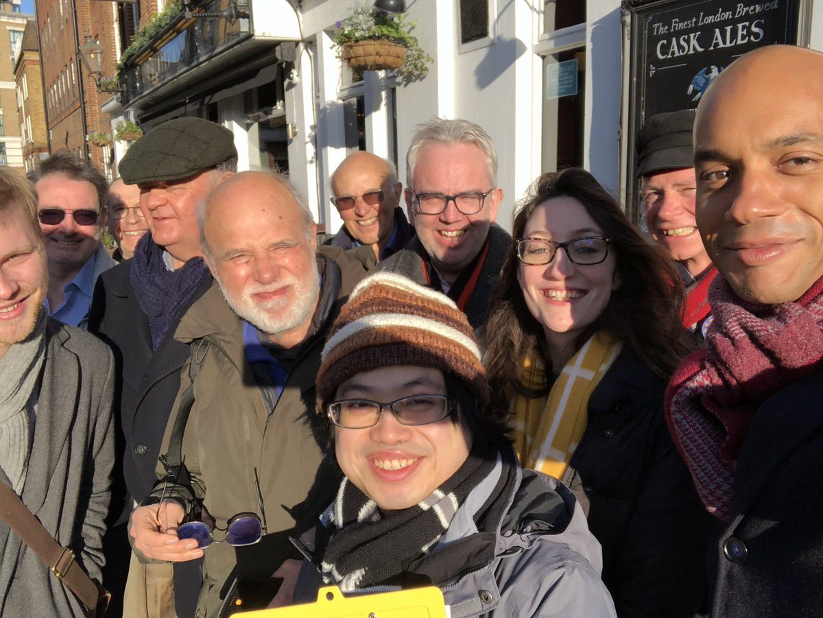 With one of our big lunchtime canvassing teams in Cities of London & Westminster. Quite a few voters already aware of the overnight polling from @focaldataHQ and @YouGov showing the @LibDems winning or in a close second place, and able to unseat the Tories here! #StopBoris #FBPE