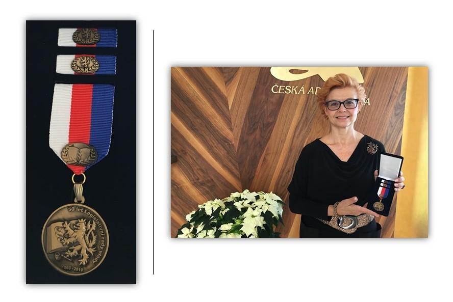 test Twitter Media - U příležitosti 50. výročí vzniku Legislativní rady vlády byly oceněny osobnosti české justice, které se na její činnosti významně podílely. Čestnou medaili za přínos legislativě obdržela také advokátka JUDr.@DanielaKovarova. https://t.co/qsn5gG2nwV @CAK_cz blahopřeje! 👏🎖️ https://t.co/nGsP7zZaBA