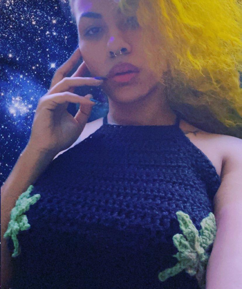🌳Mary Jane 🌳 How I love thee...take me to your leader. 👽🤞😭 *****link in bio***** #crochet #crochetaddict #handmade #slowfashion #maryjane #weed #marijuana #cbd #witchystyle #witchyvibes #gothfashion  #alternativefashion #concordnc #charlottenc #shoponline #shoplocal