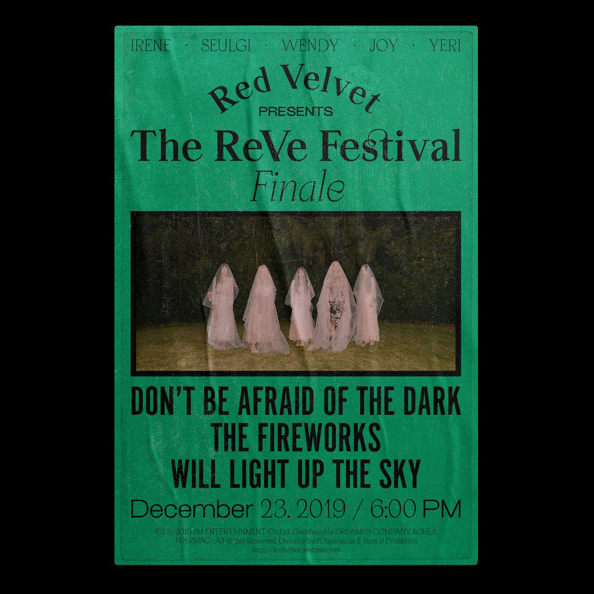 WOW! Red Velvet brings Halloween to December with teaser photos for ['The ReVe Festival' Finale]  @RVsmtown  Comeback date: December 23  Bro the first pic is really creepy <br>http://pic.twitter.com/p2AZUhbwoZ