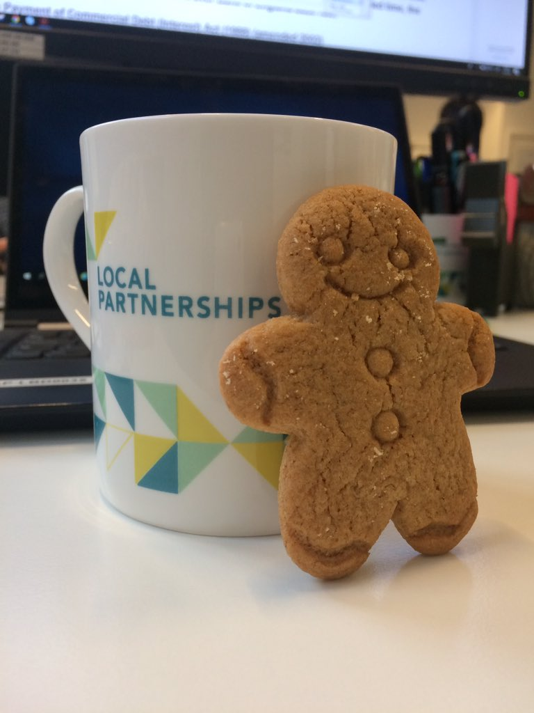 RT @LP_Emmabull Good job @lp_rosiepearson 👌🏻 brightening up my afternoon cup of tea! #gingerbread