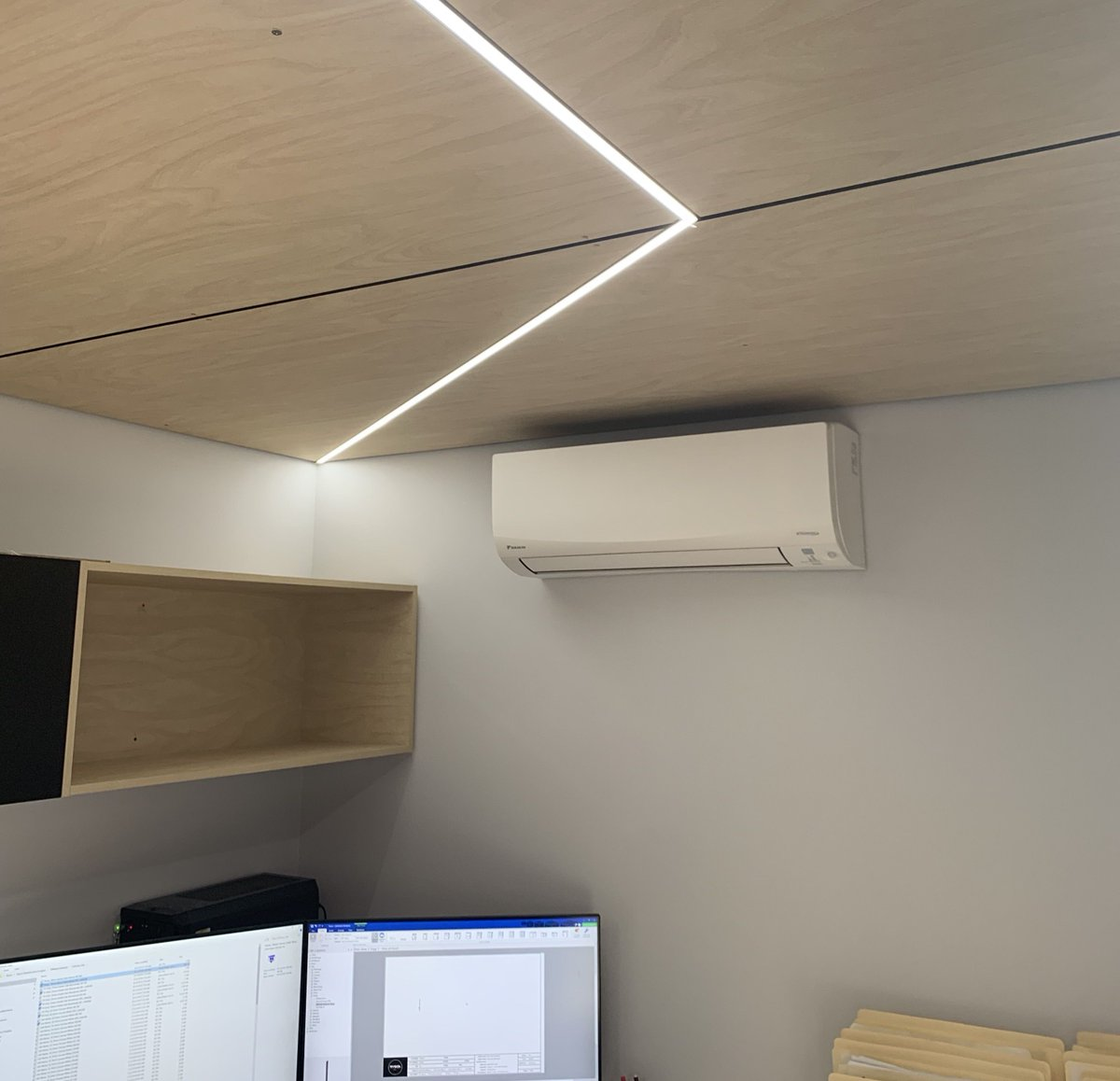This Daikin split system was recently installed in the new office at Ryson Detailed joinery in Queanbeyan.   Just in time for the hot weather ☀️