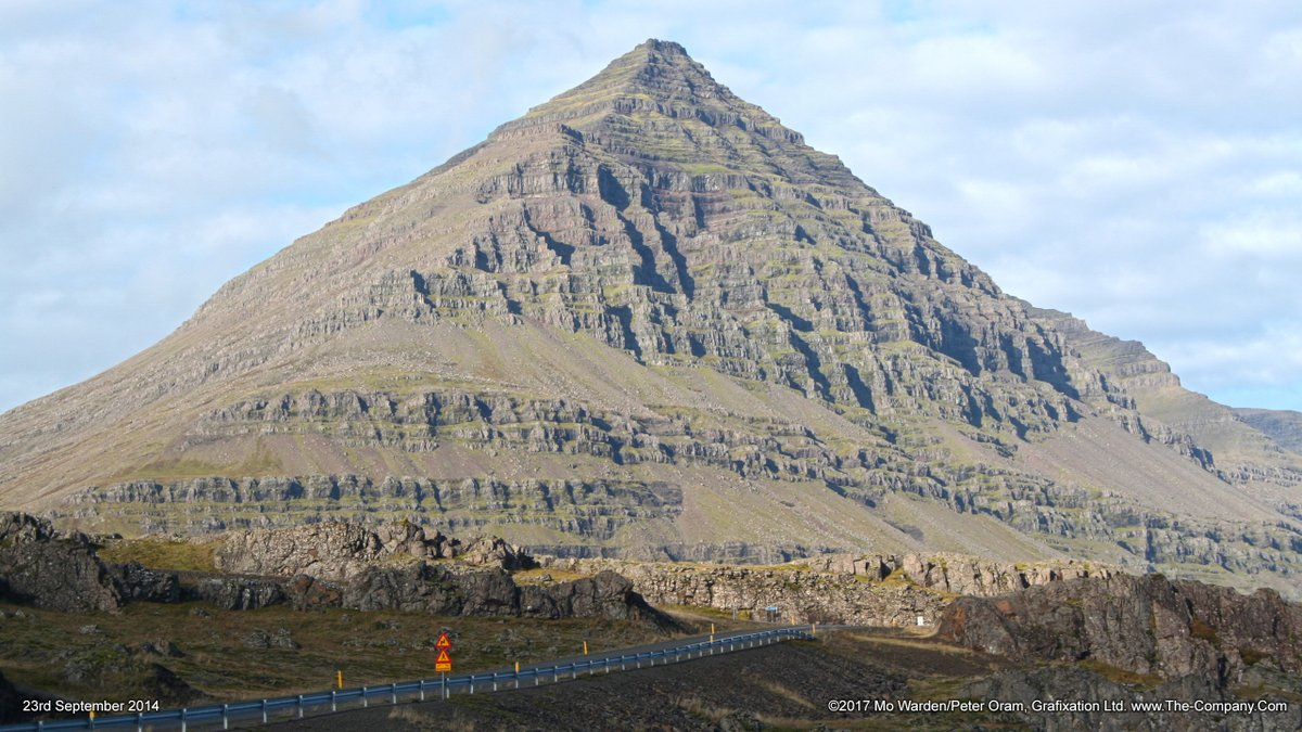 As today is #InternationalMountainDay here's one of my favourites.This is Búlandstindur (1069m), a beautiful basalt pyramidoid.September: Between Berufjörður and Hamarsfjörður, Djúpavogshreppur, east #Iceland.#EarthCapture@ThePhotoHour @StormHour