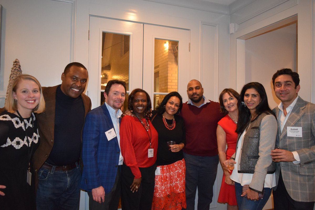 The HBS Club of Atlanta kicked off the 2019 holiday season with a festive party at a private alumni home. See all photos from the event here: https://photos.google.com/share/AF1QipO0rkDH9DDKYN_ShuXpXiYHndn-2YhMtMT6ddzbQZV1_KT9Xc9iMEZyvMZvMhIkhA?key=NmdVZF8xMlB0blViTU56WU40MTR0bTBac1EybGV3…Thank you all for coming!#hbsatlanta #holidays #holidayparty #atlanta