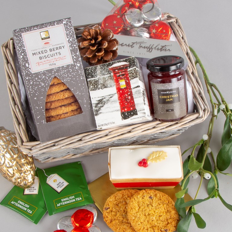 It's competition time! To #win one of our Christmas to a Tea gifts please follow us, retweet and like this post!  The winner will be drawn Friday, good luck all!  *delivery within the UK only #Fridayvibes #competition #freebie #giveaway<br>http://pic.twitter.com/HcdQj4pS4w
