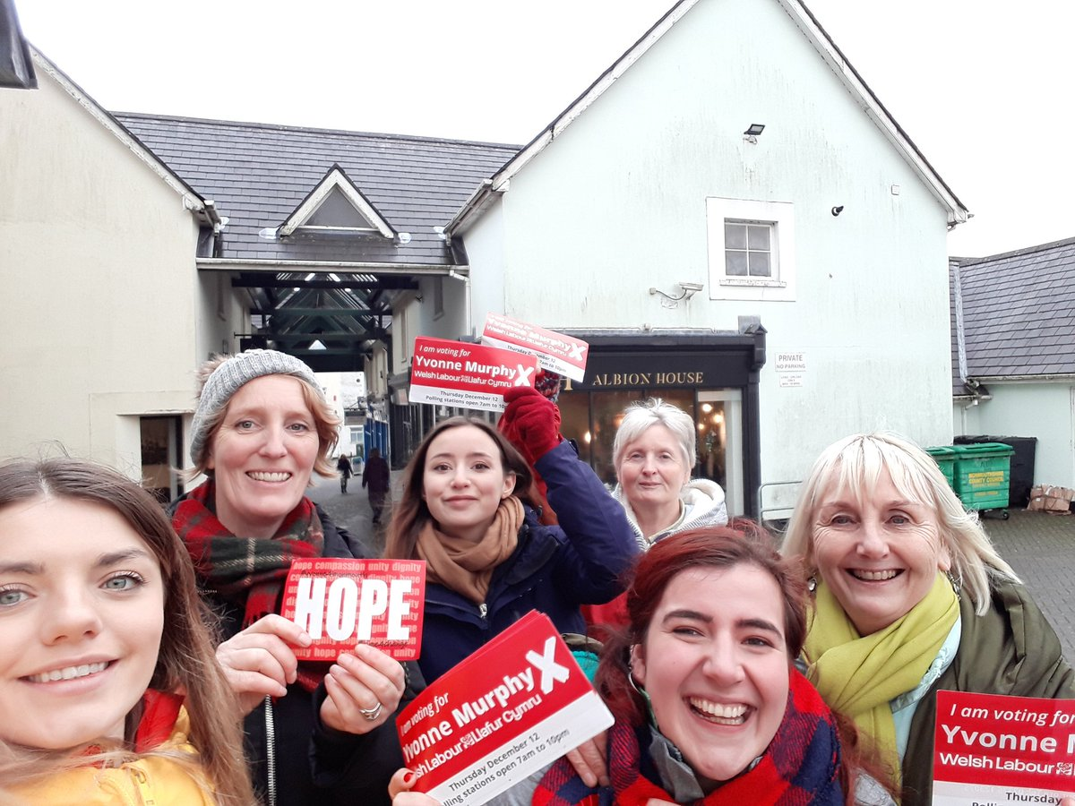 Chepstow we have arrived! #VoteLabourOnThursday #VoteLabourDecember12th <br>http://pic.twitter.com/QnkU9fttuh