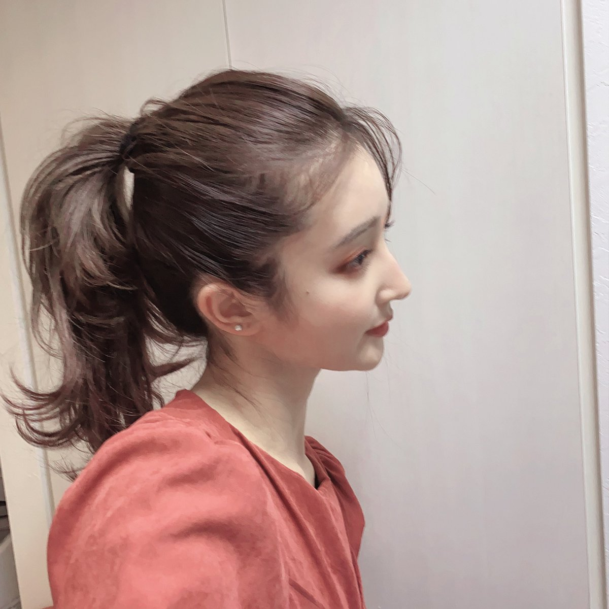前髪伸ばしてやりたかった髪型これです!ラフなのに上品な感じになるから、やりたかったんです