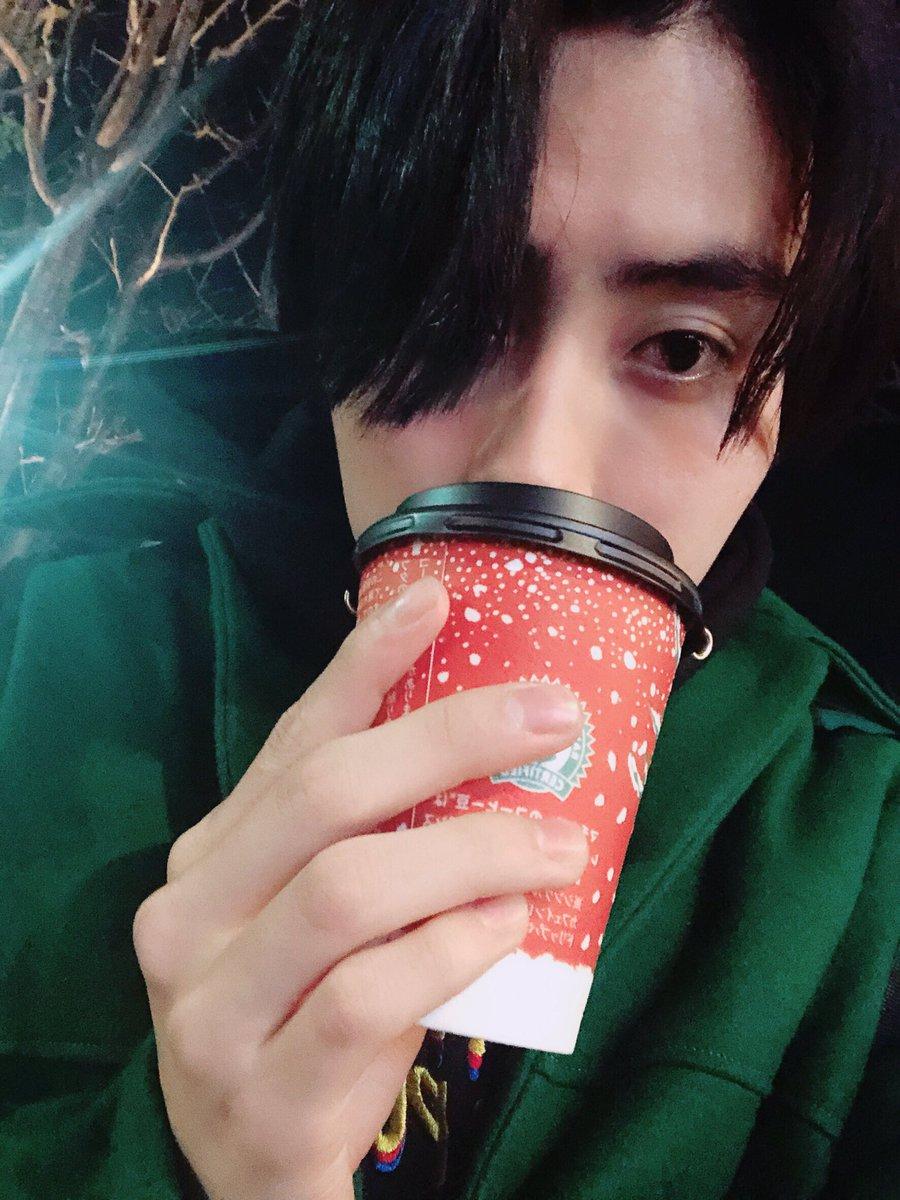 ローソンが好きだ。店員さんがコーヒーやってくれるから。