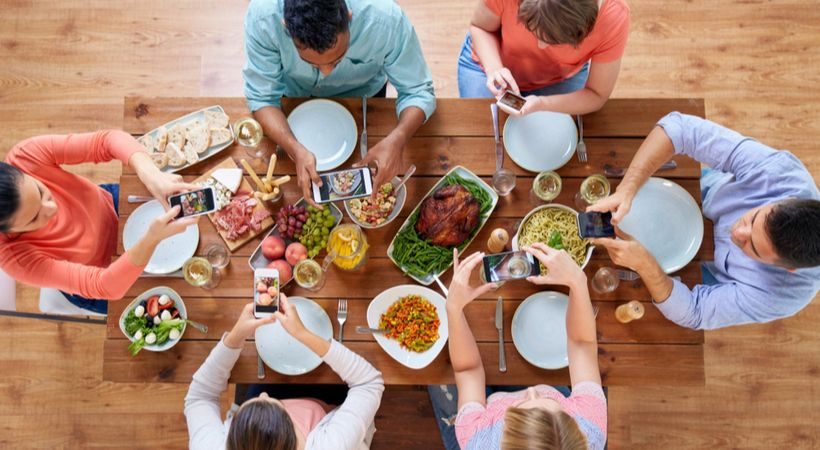 The holidays are a time for being with family and friends. This year, use these 5 tips to be more mindful and create better relationships over the holidays. https://buff.ly/2KX3nGr#thanksgiving #holidays #friends @uphabit