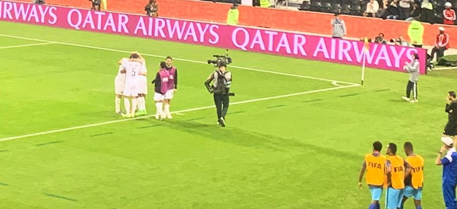 Tonight we have moved into extra time @ Jassim Bin Hamad 🏟 & Abdelkarim Hassan of @AlsaddSC takes them into a 2-1 lead over #HiengheneSport. Anything can happen now during this #ClubWC opening match.