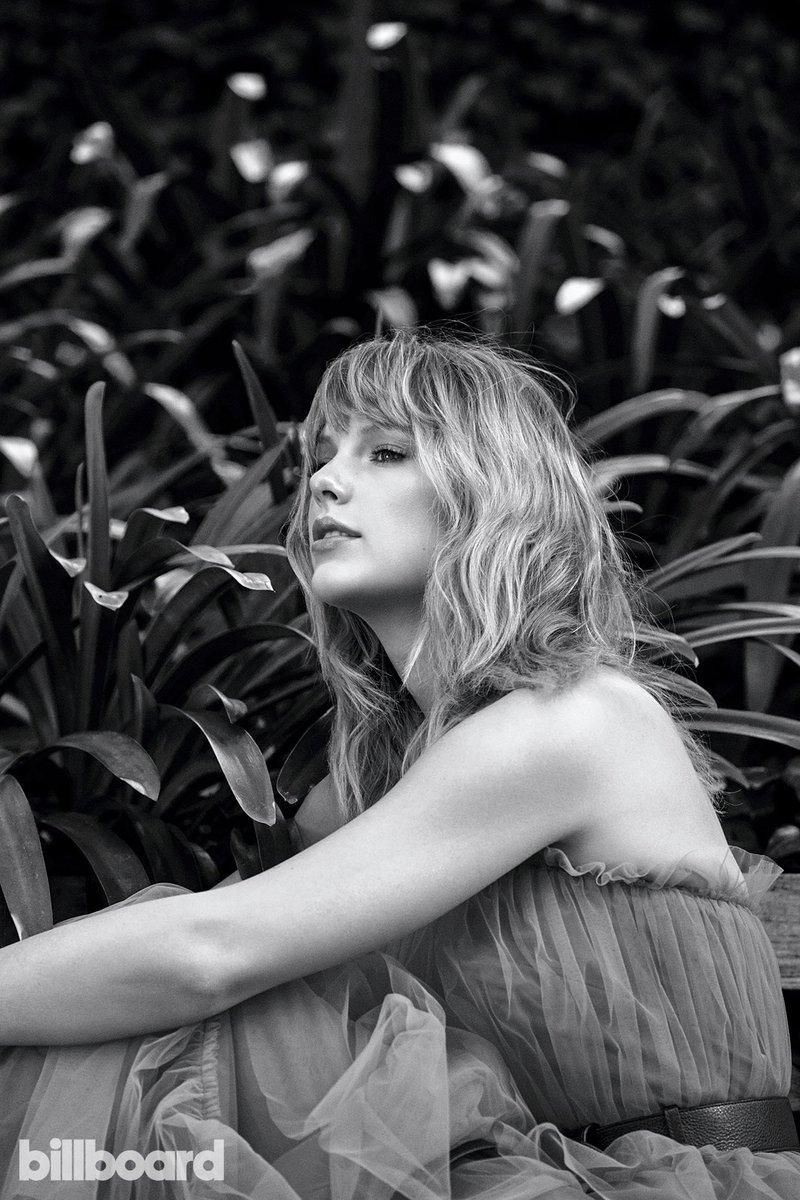 "Taylor Swift >> álbum ""Lover"" [III] - Página 3 ELhE_-3WwAAh7Mz?format=jpg"