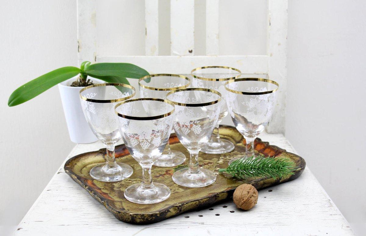 Vintage. 6 Pieces 50s Wine Glasses Vintage Set High-quality glasses made of the best material etsy.me/2SJFSmv via Etsy.