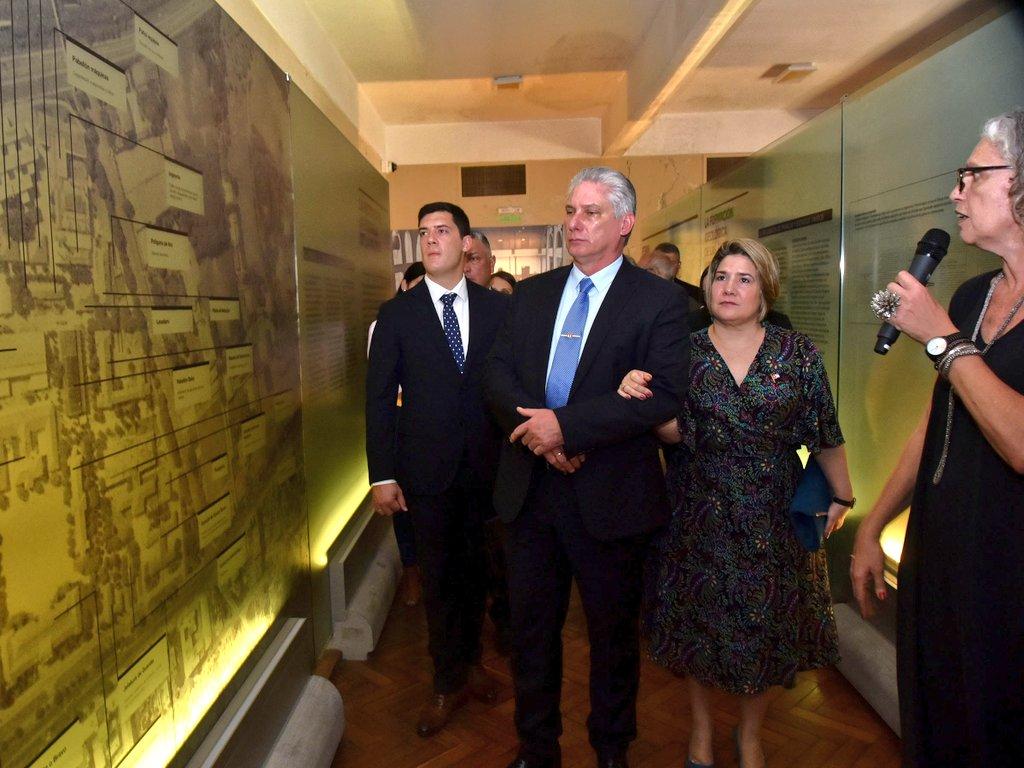 Diaz-Canel tours Argentina's Historic Center