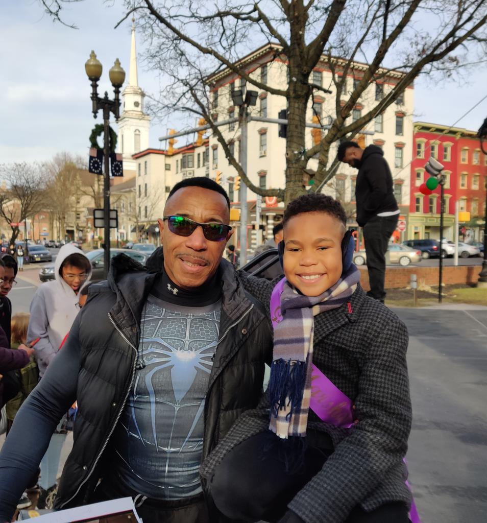 I met Dwayne @therock Johnson's uncle at my parade this past Sunday!. He says that he came to get my autographbfor his nephew who is a big fan of mines!!! 🙏💓🙌Fun Fact: Me and @therock are from the same area in Pennsylvania 😜#raisingdion #netflix #jasiahyoungofficial  #dion