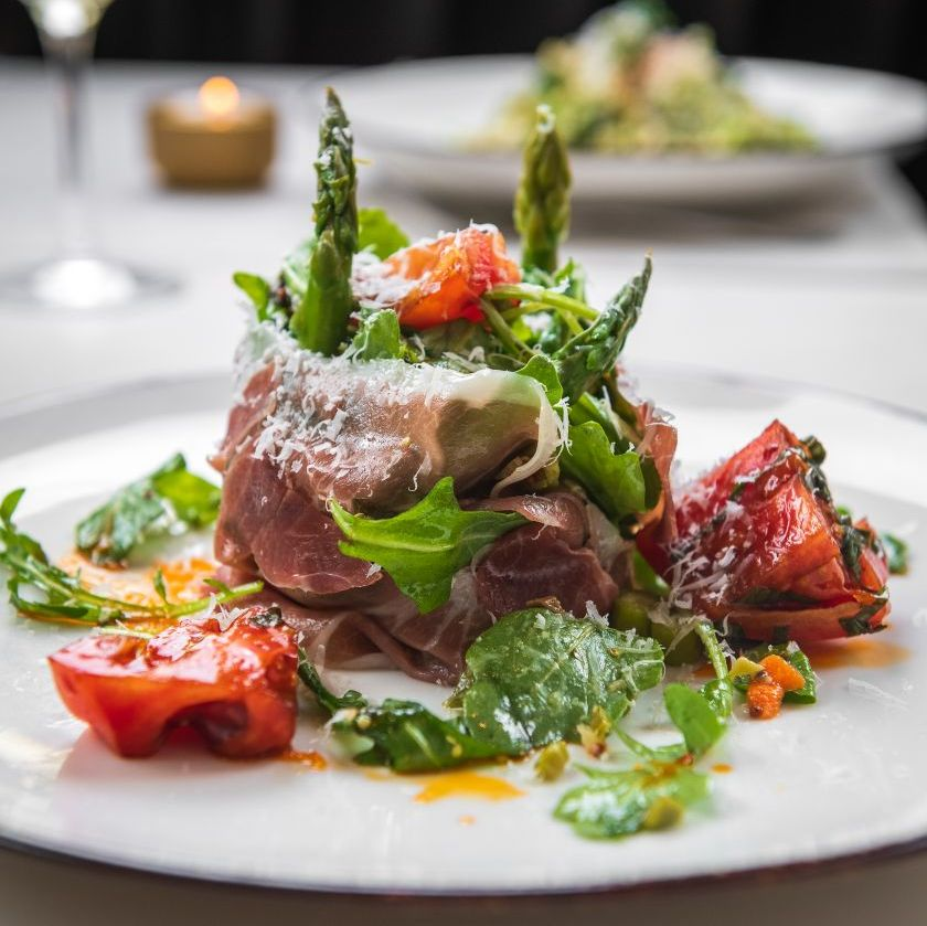 Take a bite out of Boston (and our asparagus and prosciutto salad) right here at Bulfinch Social. 😋 https://t.co/pqarsNKioM https://t.co/deewopVMF5