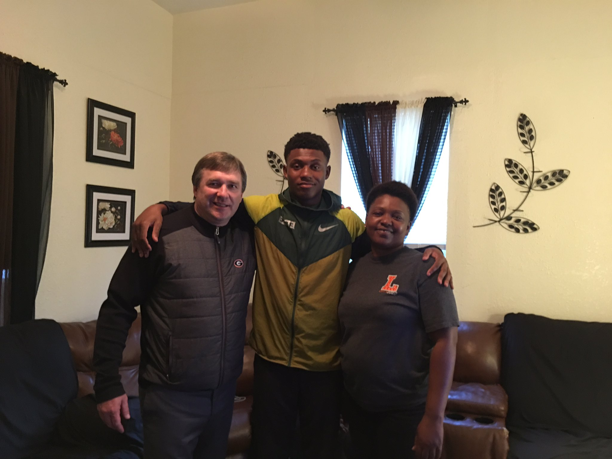 UGA head coach Kirby Smart visiting Arian Smith. Photo: Arian Smith, Twitter.