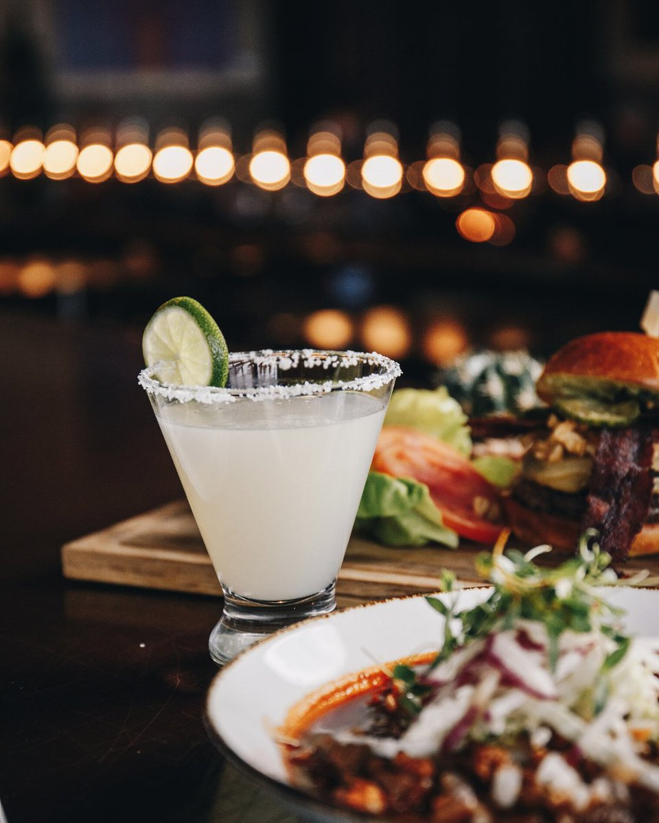 Join us in Terra Bar Sunday through Thursday for specially priced cocktails, beer, wine and appetizers during Happy Hour.   Menus: https://t.co/xazd5oRUHb https://t.co/9QFNM2qkFh