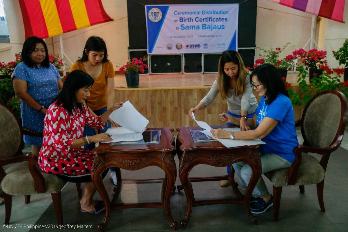 I am pleased to have signed the MoU between UNICEF and @zambocitygovt for 2019-2023 with Mayor @beng_climaco. Zamboanga City is a priority Local Government Unit for @unicefphils. Together, we look forward to delivering effective and sustained results for children.