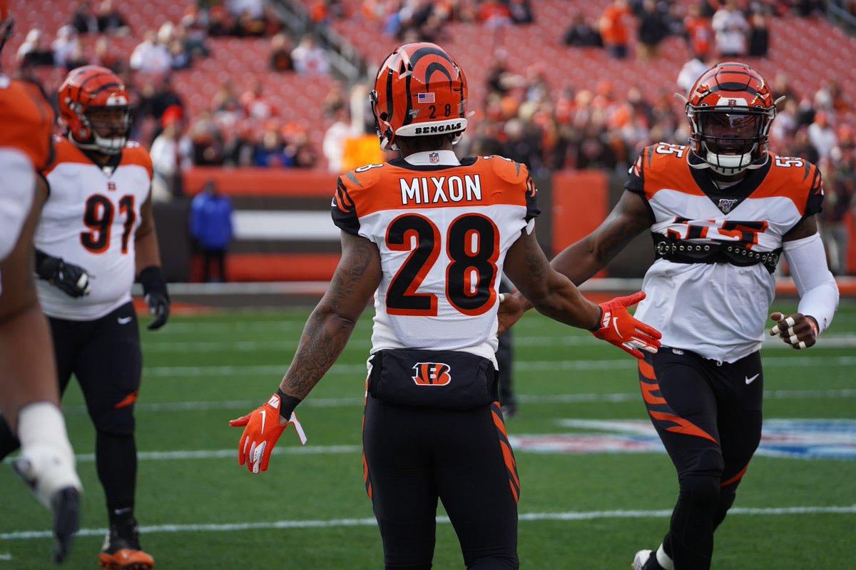 Okay fans so in order for votes to count I had to get y'all to either  #JoeMixon #ProBowlVote sorry I was just informed! So now Just RT This 😁 or quote it with hashtags I put💯✊🏽 https://t.co/Y9JAbuFiju