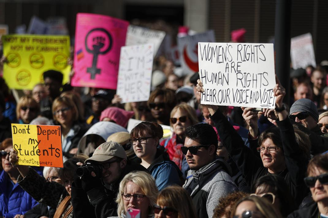 In the Americas, it used to be that only retrograde, highly conservative Catholic countries would ban all abortions. Now Ohio is trying to do it. trib.al/qith6s4
