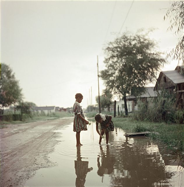 UNTITLED, ALABAMA, Gordon Parks, 1956 <br>http://pic.twitter.com/DxXiyE8SIx