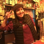 Image for the Tweet beginning: #新宿ゴールデン街 #ところ処  20軒目  店主 チェキちゃん  モンゴリアンのゆりさんも一緒にお付き合いしてくれました  今回の旅は こちらのお店で体力の限界!  もうすこし行きたかったなぁ