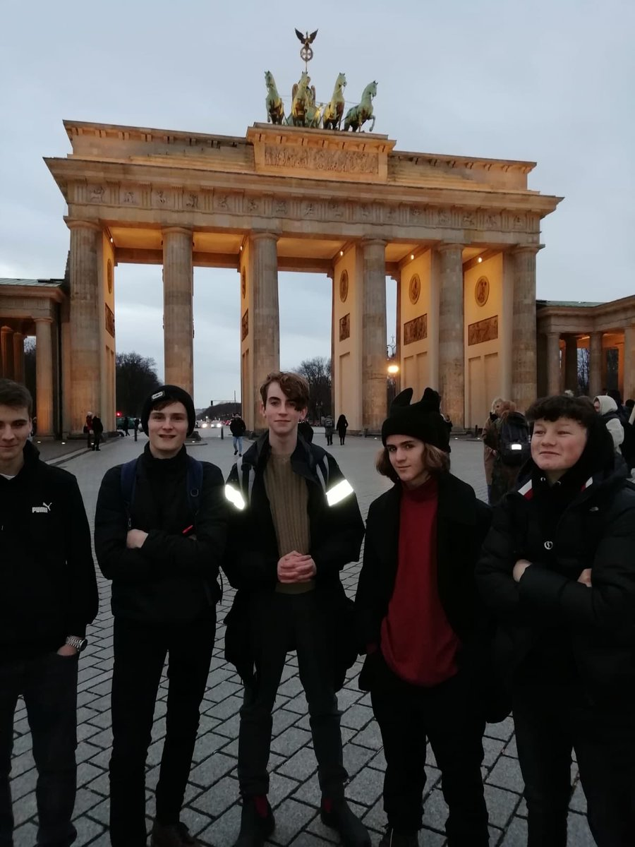 A few of the Berlin exchange pupils enjoying the chill and the Christmas markets.  Soaking up the culture and working on smiles.