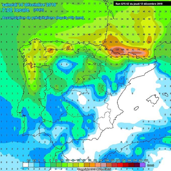 Bestial los acumulados de 🌧-❄ sobre todo occidental en el Pirineo hasta mañana a la noche(+150mm) con cota 1900-2000m  viendo las últimas salidas durante casi todo el día subiendo algo más por la tarde-noche. Finde tranquilo a las espera de  que se confirme si ❄ algo el Martes