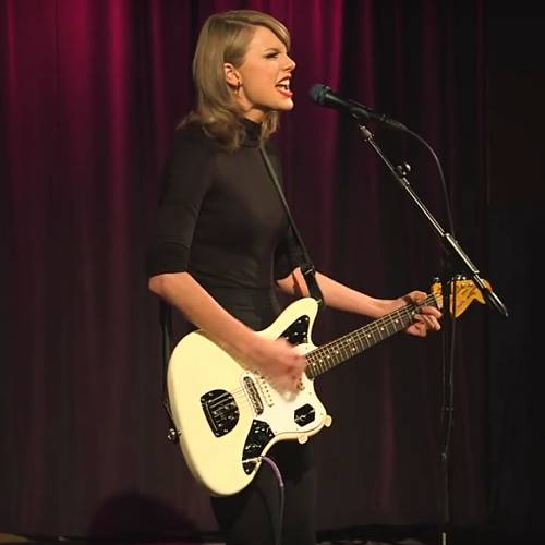 Music-News.com Taylor Swift would have paid so much for her master recordings - #TaylorSwift @taylorswift13 #FreeTaylor #IStandWithTaylor dlvr.it/RL76pg
