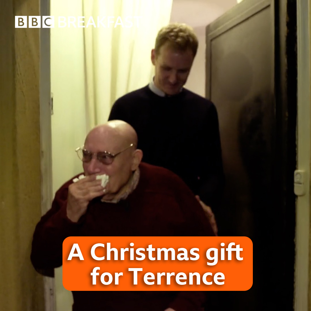 If you can't make it to a TV today, this is what happened when we surprised Terrence - who came on #bbcbreakfast yesterday to talk about loneliness - with a visit from the students at @OldhamCollege. You might need some tissues 😭🎄