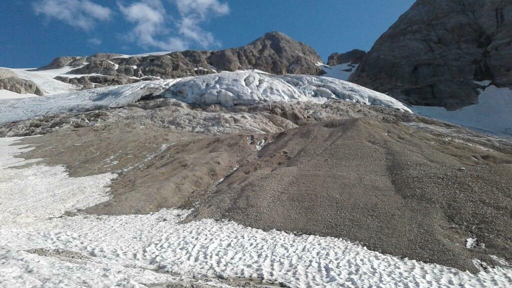 Marmolada, destino segnato per il ghiacciaio entro...