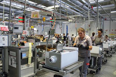 Viessmann, Türkiye'de Değer Üretmeye ve Yatırım Yapmaya Devam Ediyor  http://bit.ly/2PCfo5A   @Viessmann   #ısıtma  #klima  #soğutma  #teknoloj  #üretim  #mechanic  #dergisi