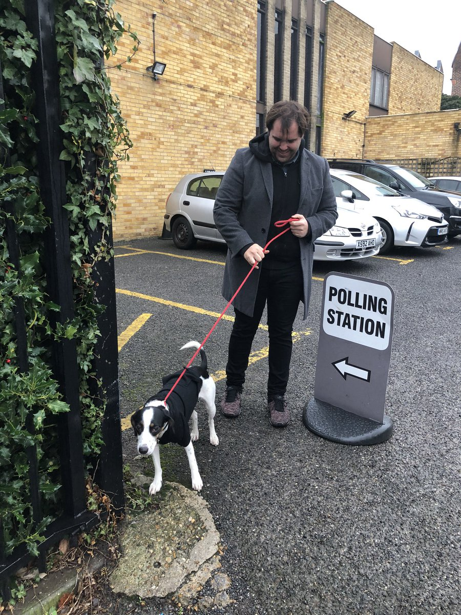#dogsatpollingstations (and @JamieB2712)