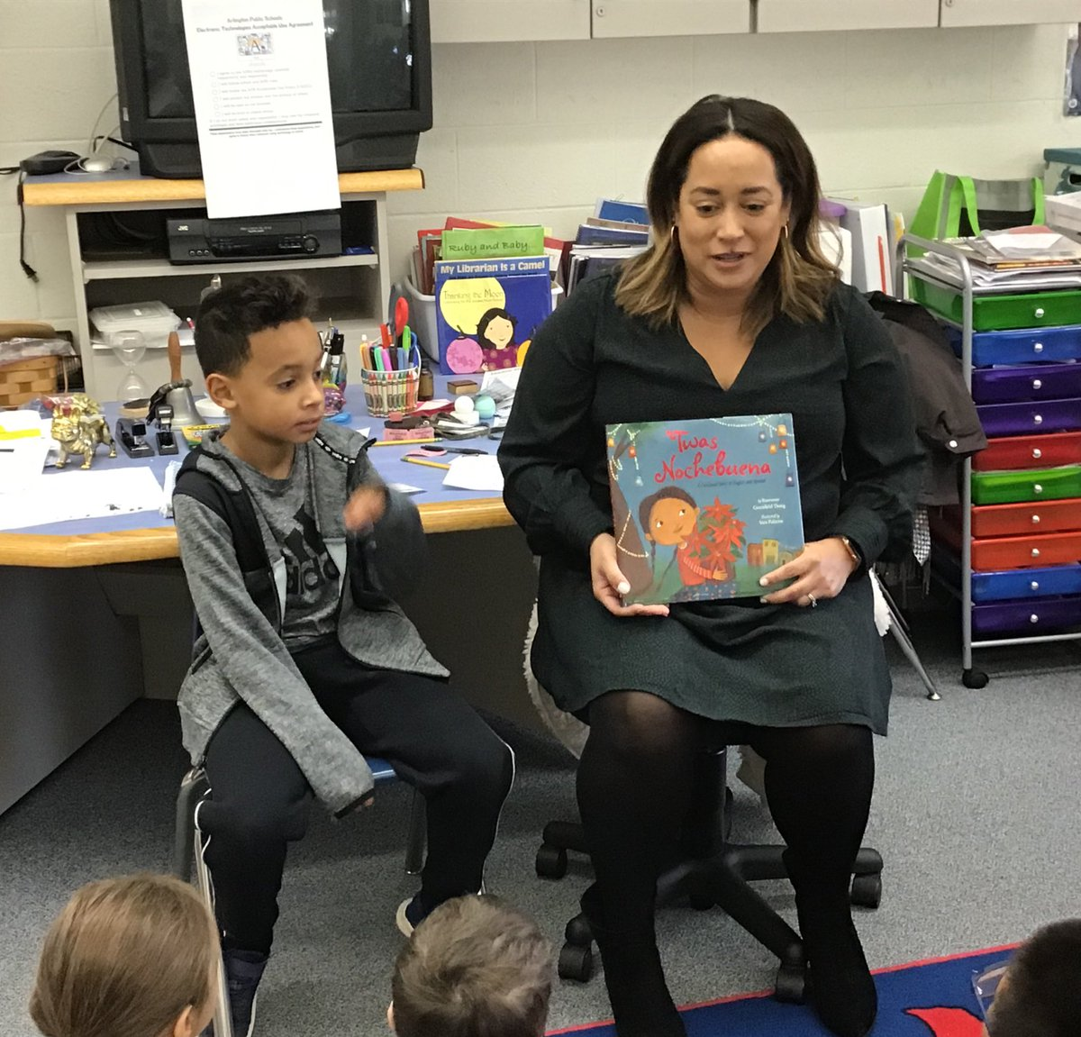 "Mom and I read ""Noche Buena"" to my class <a target='_blank' href='http://twitter.com/GlebeAPS'>@GlebeAPS</a> <a target='_blank' href='http://twitter.com/APSVirginia'>@APSVirginia</a> <a target='_blank' href='http://twitter.com/glebepta'>@glebepta</a> <a target='_blank' href='http://search.twitter.com/search?q=GlebeEagles'><a target='_blank' href='https://twitter.com/hashtag/GlebeEagles?src=hash'>#GlebeEagles</a></a> <a target='_blank' href='https://t.co/i0eIIJci1J'>https://t.co/i0eIIJci1J</a>"