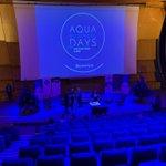 Image for the Tweet beginning: En direct des Aqua Business